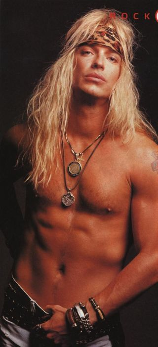 Bret-michaels-shirtless