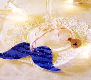 Blue stache ornament solo web