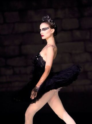 Black-swan-movie-photo-01